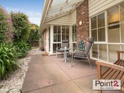 Exquisite Two-Bedroom House for Sale in Mount Eliza Village