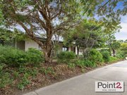 2/6 Coonara Avenue House for Sale in Mount Eliza